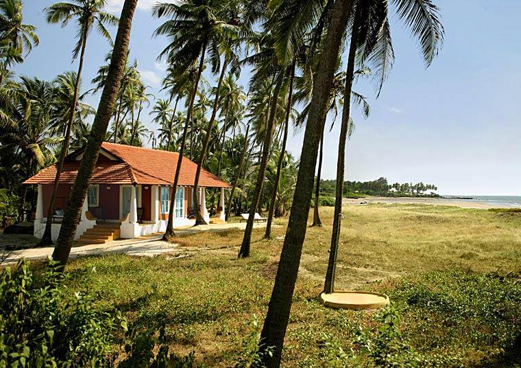 goa beach holidays goa bhk living room   The Best Holiday Villa Rental in Goa, Luxury Tents on Goa ...